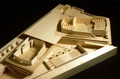 Maqueta en madera de Kursaal. Auditorio y Centro de Congresos, 1990-1999. (Foto: Cortesía de la Fundación Barrié)